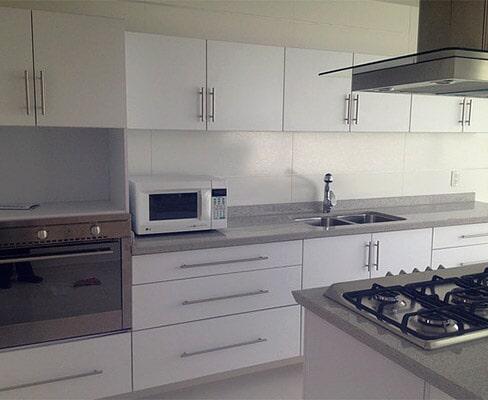 COCINAS PROYECCSA - remodelación de cocinas