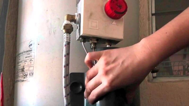 JUAN ADOLFO FELIX DURAN - Reparación de boilers