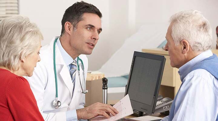 DR. FRANCISCO CHOZA ROMERO  - reumatólogo en guamúchil