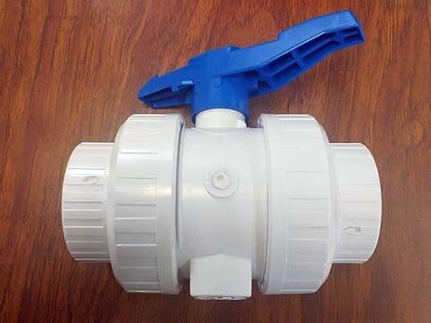 PVC TUBOS Y CONEXIONES - Artículos de plomería