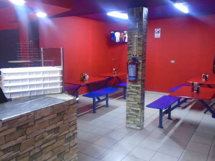 MANDOS PIZZA – pizza interior