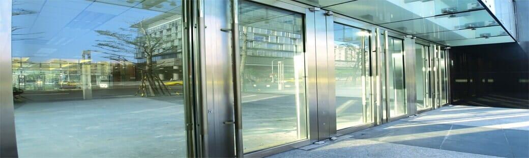 INSTALACIONES ALVIHER-Puertas y ventanas corredizas