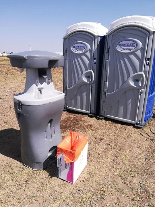 BAÑOS PORTÁTILES BLUE PLANET – Renta de sanitarios y lavamanos para el campo