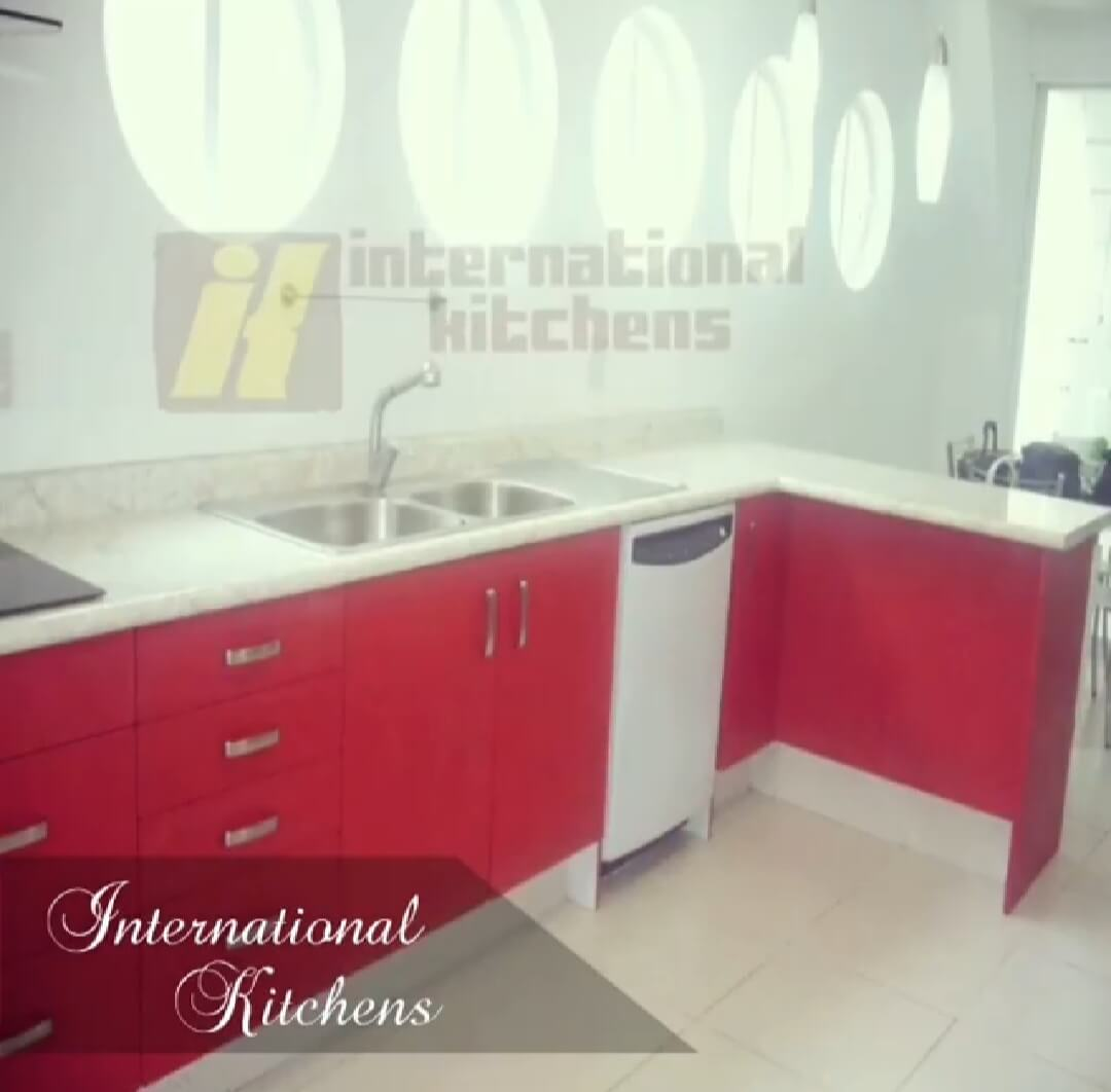 INTERNATIONAL KITCHENS - Cocina Russo3