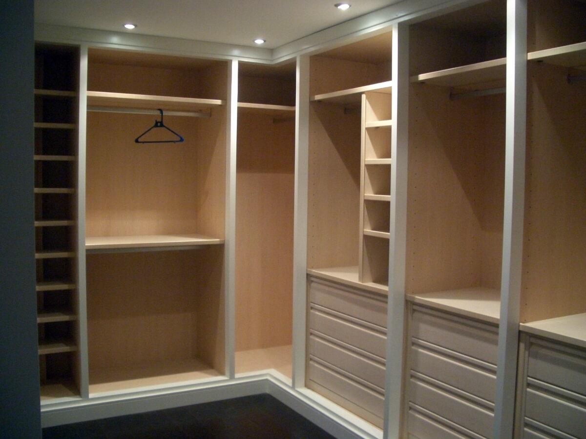 COCINAS ELEVE-servicios de carpintería y muebles especiales