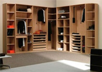 INDUSTRIAS SIMHER - CLOSETS