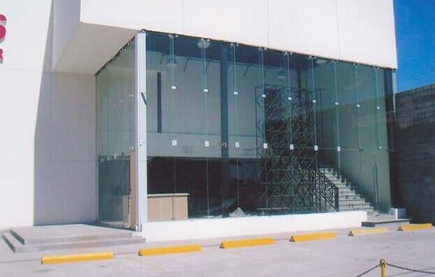 UNIVIDRIO UNIVERSAL DE VIDRIO Y ALUMINIO - muros cortina de cristal
