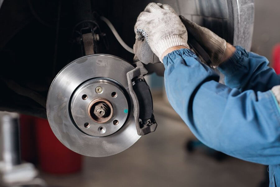 QUALITY CAR SERVICE – Servicio de clutch y frenos