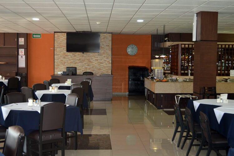 HOTEL EMPERADOR - Hotel en Santiago de Querétaro