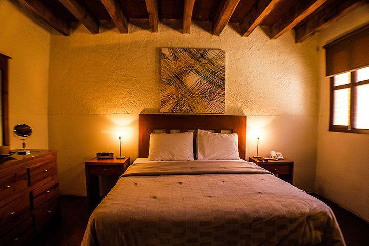 HOTEL CASA DIVINA - Mexican artisanal details