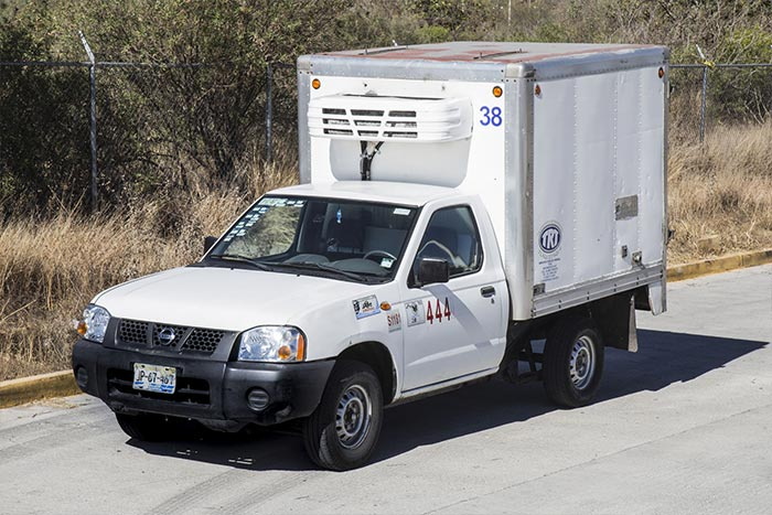 TRANSPORTES REFRIGERADOS TRT - Camioneta de carga 1 tonelada Nissan