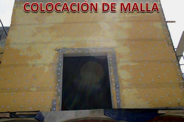 SOLFOAM AND COATINGS - COLOCACIÓN DE MALLA