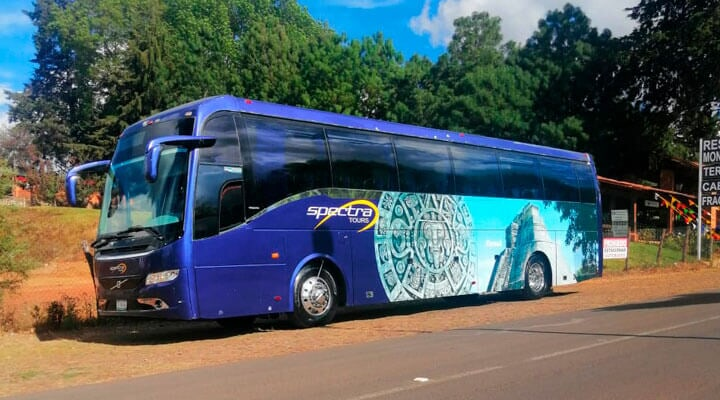 SPECTRA TOURS - VOLVO-AÑO-2009