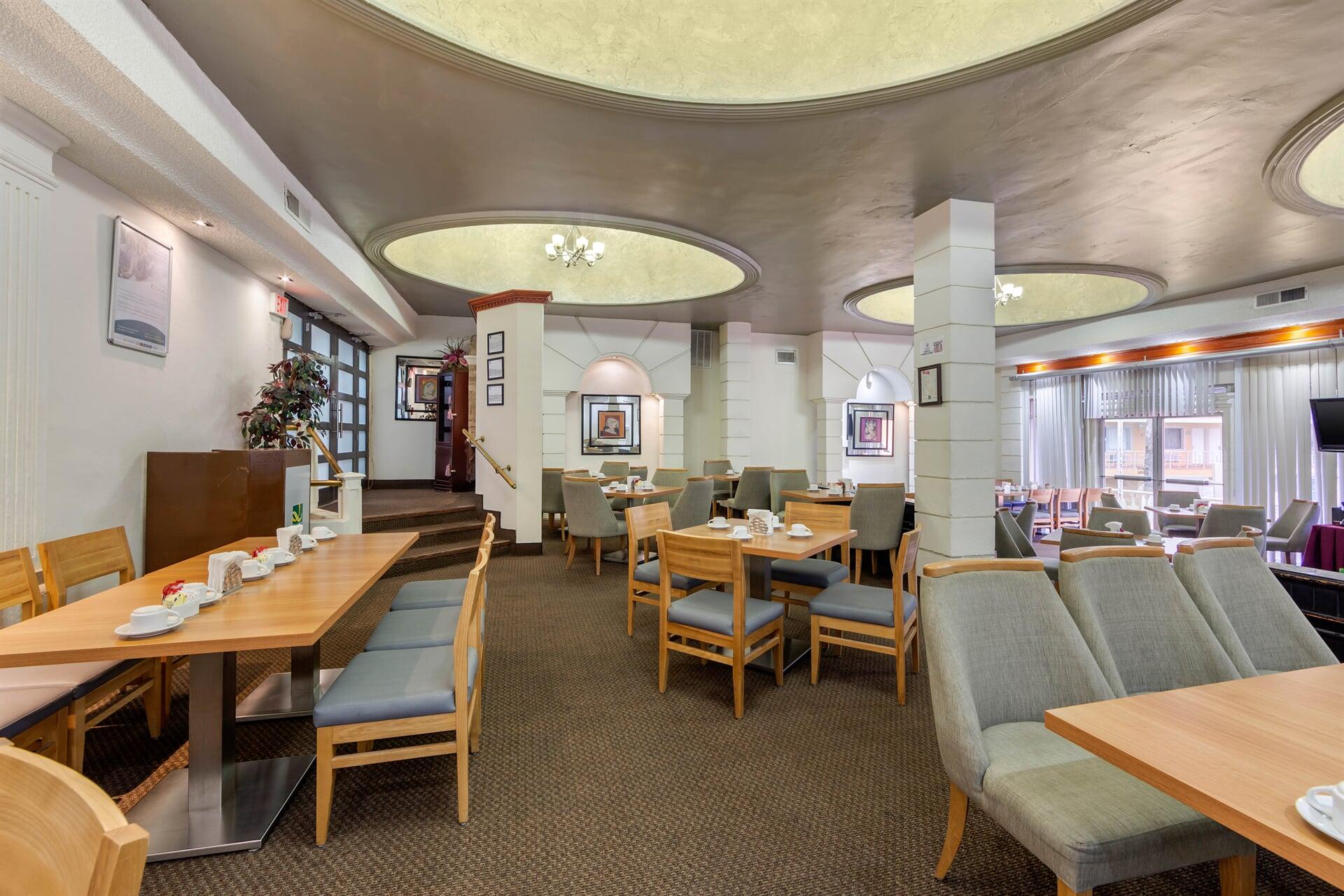 QUALITY INN- espacios y salones ideales para fiestas