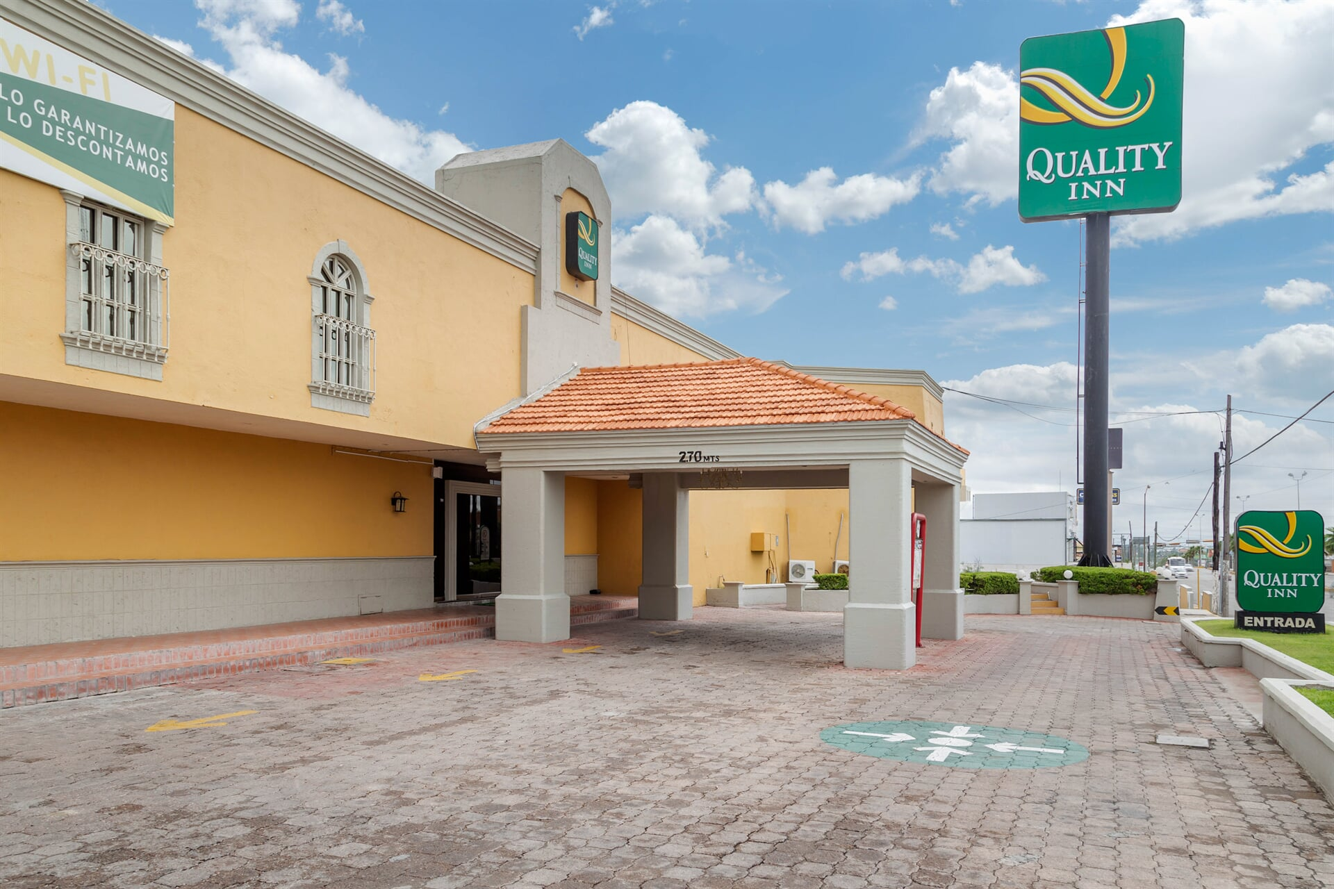 QUALITY INN- hotel en Piedras Negras