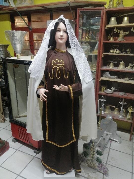 """FUNDICIÓN DE CAMPANAS Y ARTÍCULOS RELIGIOSOS """"EL SEÑOR DE LA CAPILLA"""" - Virgen del Carmen de 170 cm aprox"""