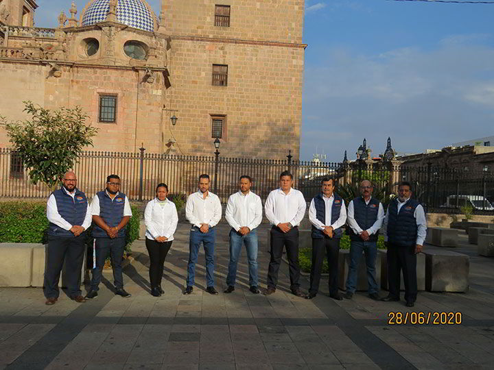 TRANSPORTES GREAT TOURS - Equipo